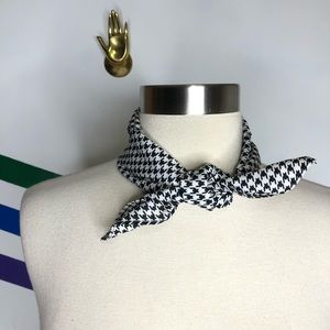 NEW Urban Outfitters silky houndstooth bandana